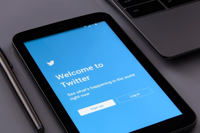 twitter as crm tool